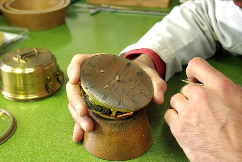 Jean Darricarrere, horloger MOF à Bayonne