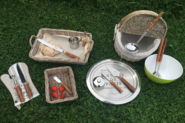 Gamme art de la table Mizpira en néflier scarifié des Couteliers Basques