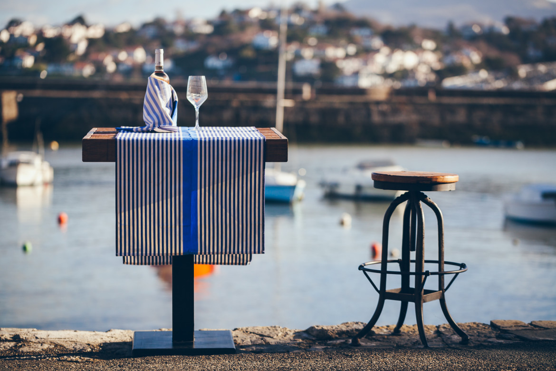 Linge de table basque Lartigue au port de Socoa