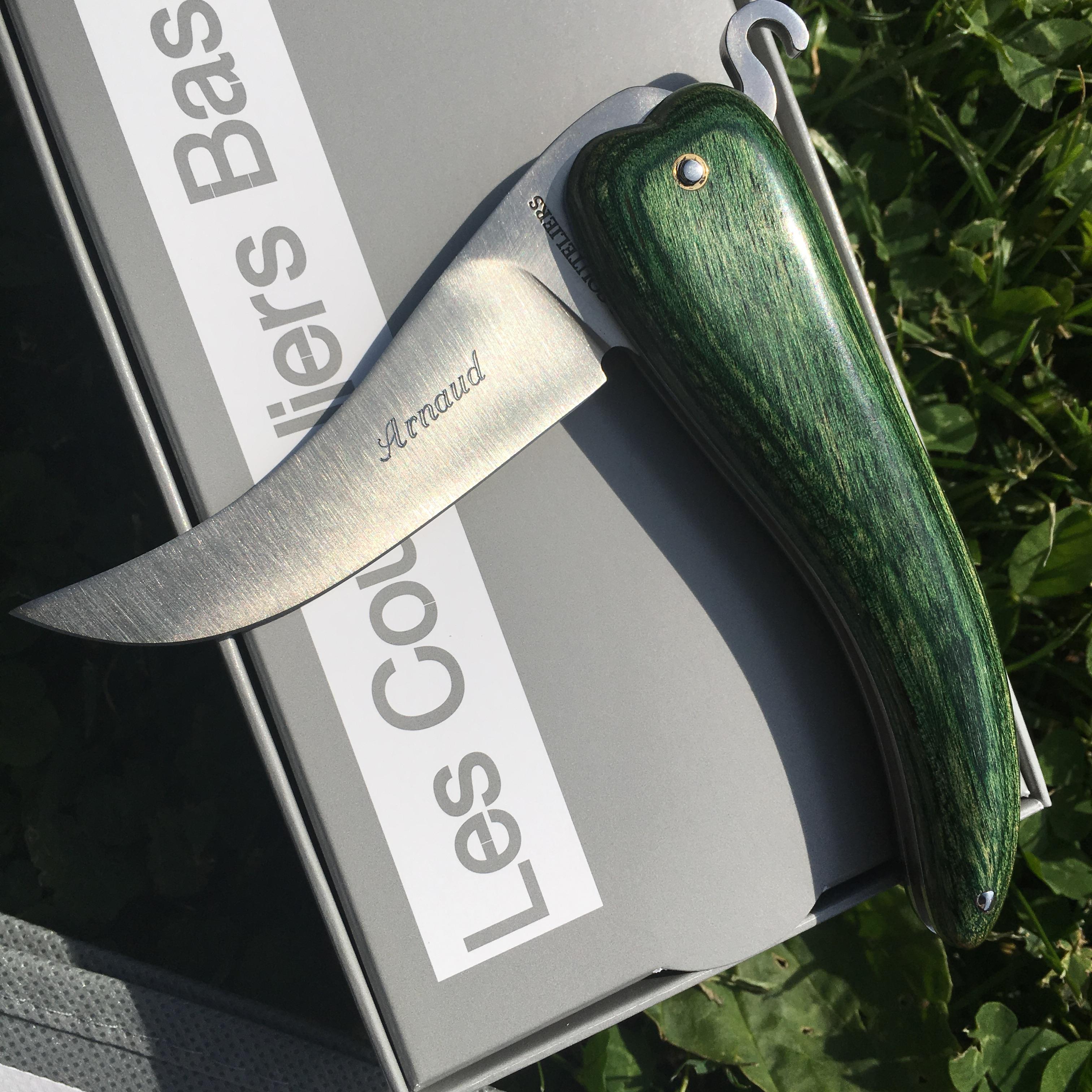 Personnaliser votre couteau basque avec une gravure