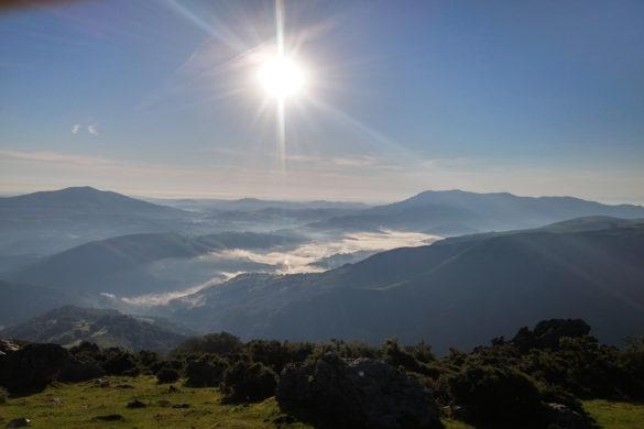 randonnée au Mondarrain Pays Basque